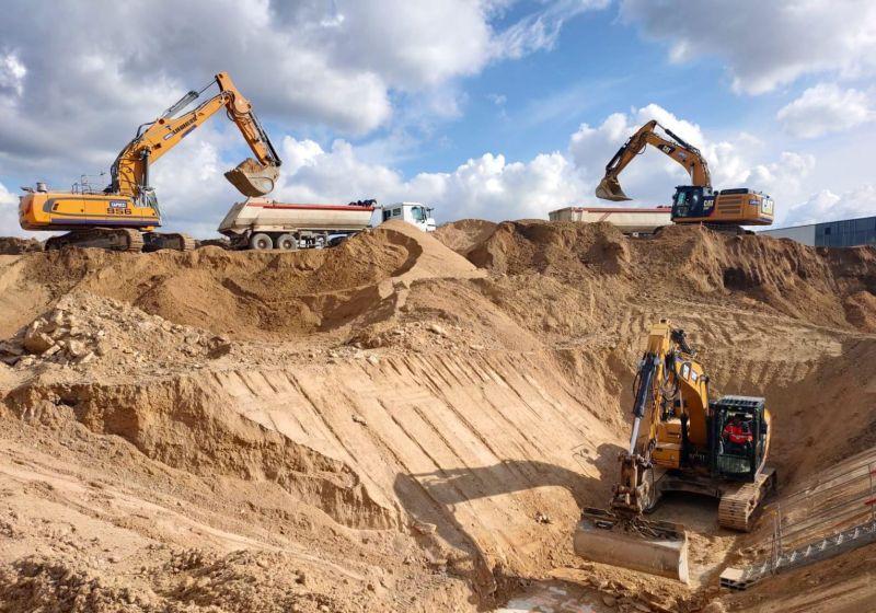 Les-travaux-de-terrassement-continuent-sur-loperation-de-nouvelle-decantation-primaire-a-Acheres-78.